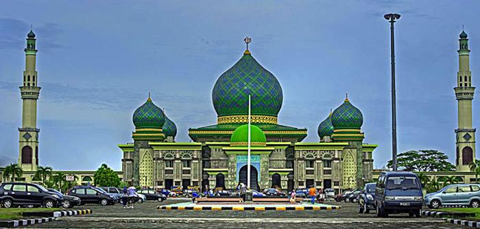 An-Nur Great Mosque, Pekanbaru, Riau, Indonesia