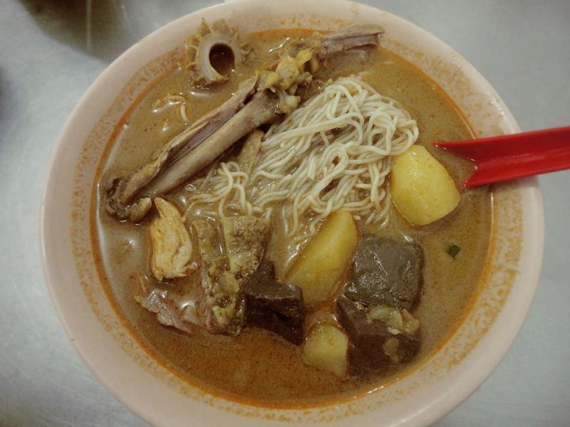 Medan Food Guide: Bee Hoon Curry Tabona