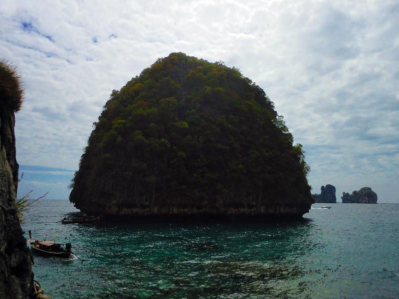 Loh Samah Bay, Phi Phi Islands, Krabi, Thailand