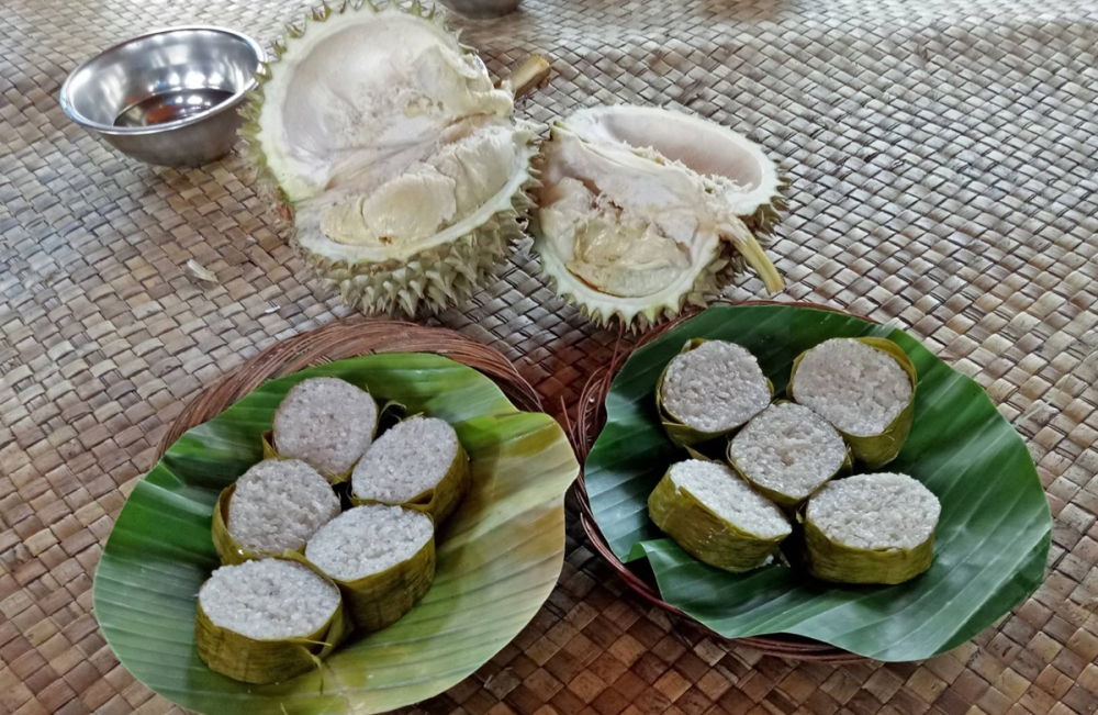 Padang and Bukittinggi Food Guide: Pondok Lamang Kawa Daun